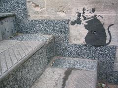 banksy tourist rat (squeezemonkey) Tags: streetart london graffiti stencil rat steps banksy tourist