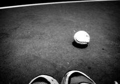(Azulina) Tags: tennis bw shoes me dirtyshoes ball tennisball