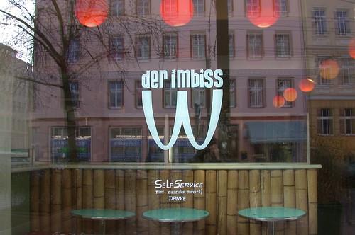 Der Imbiss, un gran restaurante vegetariano en Kastanienallee, Berlín