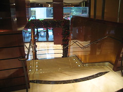 entrance (kewlio) Tags: hongkong hotel landmark mandarinoriental