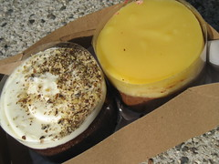 ready to eat (_melika_) Tags: cake dessert la losangeles lemon hummingbird lemoncurd doughboys thirdst