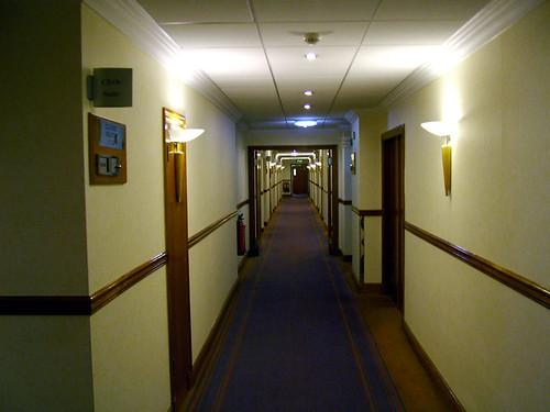Burlington Hotel - hallway