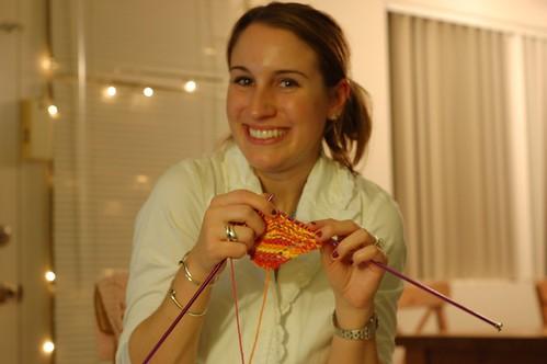 Sarah knits!