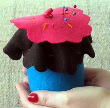 Cupcake Pincusion