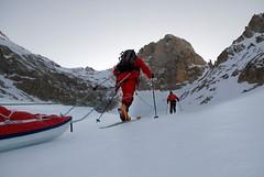 Essai des pulkas et encordement sur glacier