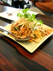 people's palace pad thai