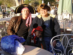 Abcedes in Disneyland (79)