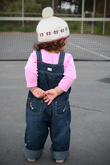 She fidgets when she's nervious (Scott Stater) Tags: sanfrancisco toddler fidget tenniscourt