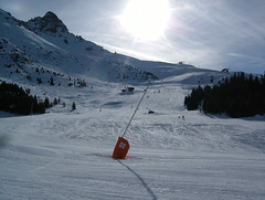 Rhodos Green Run #1 (tom_bennett) Tags: ski meribel freshsnow freshminds