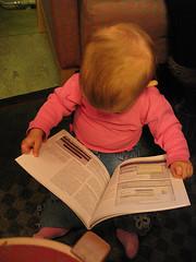 Håkans dotter bevisar att boktiteln stämmer - ALLA kan blogga - iaf väcks intresset för boken tidigt : )