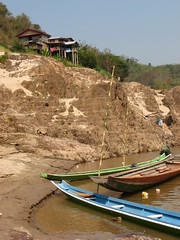This village marks the overnight stop for most slow boats between Huayxai and Luang Prabang. Our boat just managed to do the journey in one long day. [IMG_1181]