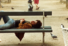 the sleeper (janGlas) Tags: street sleeping paris film europe 1981 photoscan janglas