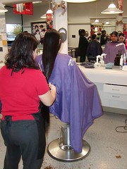515-vi (zermat27) Tags: haircut barbershop capes barber hairdressers