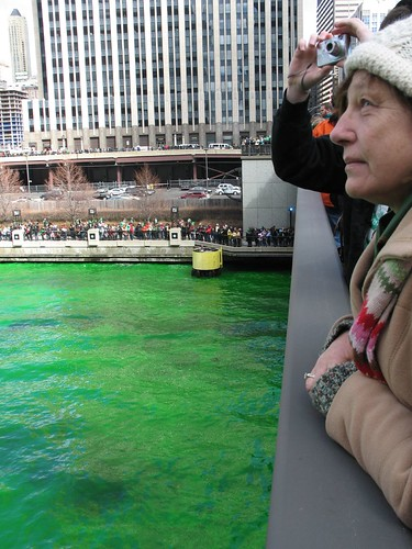 The Dye-ing of the Chicago River 6