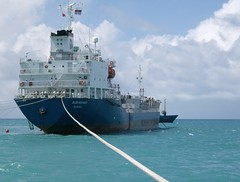 Ideal Kiribati Ship (Kirititoba 2006-0x) Tags: shipyard betio