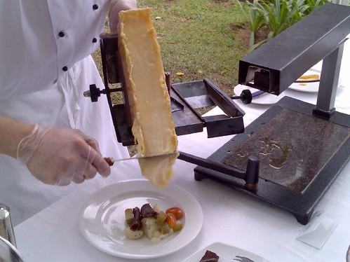 Scraping off Raclette