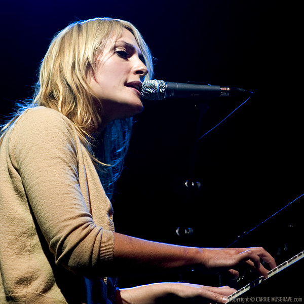 Emily Haines © Carrie Musgrave