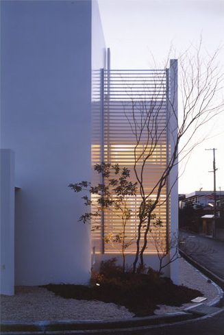 HOUSE IN SENRI, OSAKA