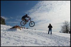 IMG_7421 (joserrai) Tags: nieve mountainbike dh mtb durango euskadi snowbike oiz goiuria desdenso