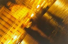 Priests (Gijlmar) Tags: brussels film europa europe belgium belgique belgie grandplace pentax k1000 belgië bruxelles pentaxk1000 bruselas filme brüssel brussel bruxelas belgien belgio analogic analógico bélgica avrupa evropa европа belgia bruksela eurooppa brüksel belçika brüsszel európa ευρώπη бельгия fotoanalógica βρυξέλλεσ брюссель βέλγιο kodak1007