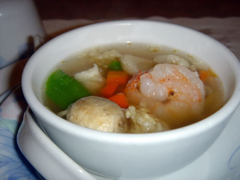 We started out with some very fresh and hot sizzling rice soup.
