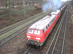 2 diesellocomotives (giedje2200loc) Tags: railroad up train germany ns trains sp duisburg freight bnsf trein spoorwegen csx treinen kcs