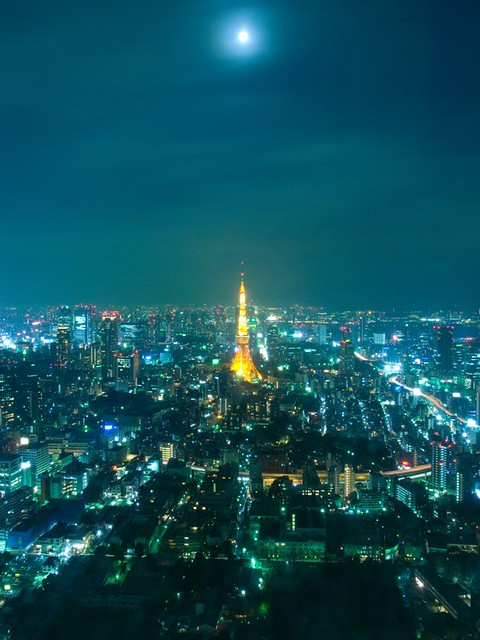 東京タワーと月(Tokyo tower & the moon)