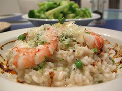 Prawn Risotto with Peas and Paprika and Garlic Oil (avlxyz) Tags: food italian rice shrimp prawns casio shellfish seafood imadethis exilim risotto prawn z850
