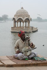 Gadi Sagar (Gadisar) lake / Jaisalmer / Rajasthan (photos4dreams) Tags: musician india colors desert jaisalmer rajasthan gadisagar iloveindia meraindia photos4dreams photos4dreamz
