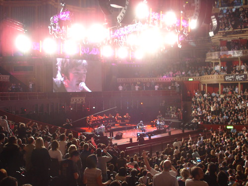 Noel Gallagher Live 2 the RAH - Courtesy of mattandsally on Flickr