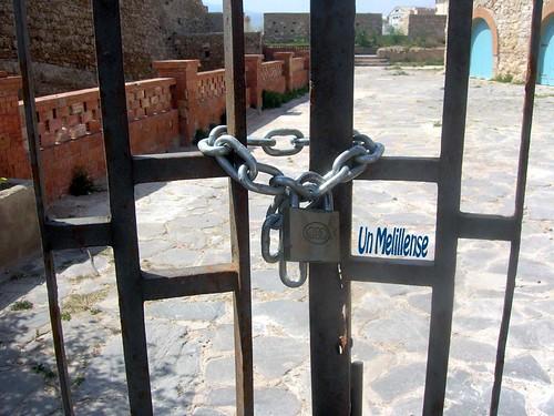 Puerta Cerrada 2 copia