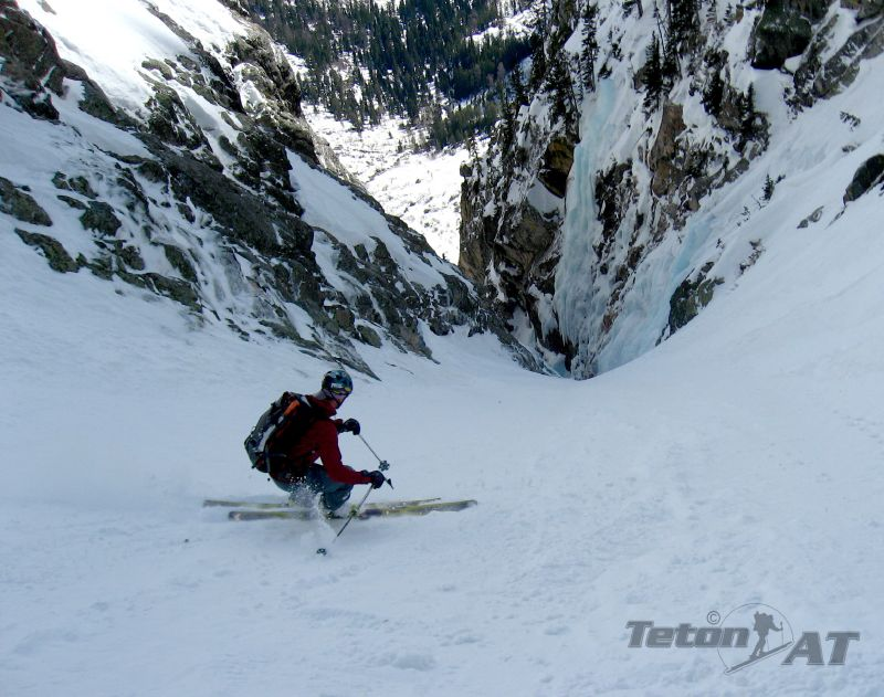 Skiing above the ice in the Apocalypse Couloir