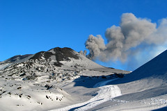 Small ash eruption at Etna (Thomas Reichart ) Tags: italien italy snow ice volcano lava track italia class smoking craters trail covered summit ash sicily etna eruption sicilia fallout vulkan sizilien tna a ausbruch northcrater southeastcrater etnanorth montefrumentosupino frumentosupino