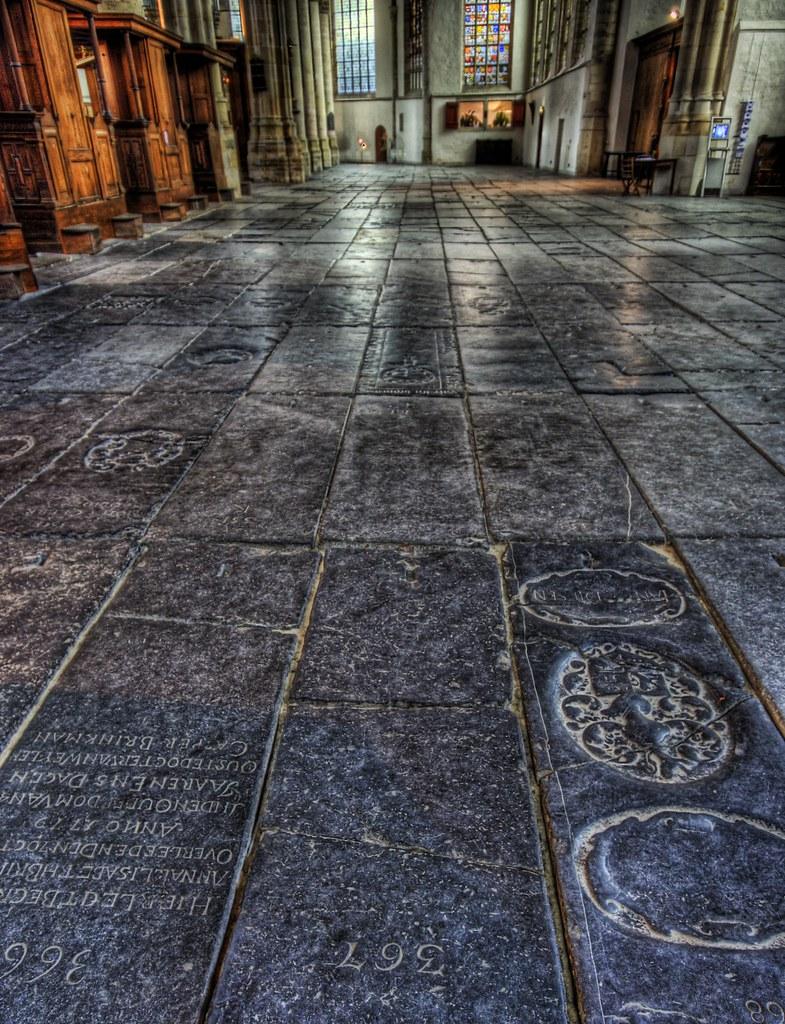 Easter Graves of Oude Kerk