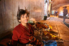 flowergirl (diurnal) Tags: flower delhi seller