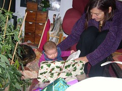 Isobel's first Christmas! (itslucyr) Tags: christmas home 2006 mum tigger isobel