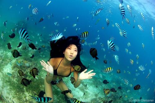 Sabrina Asano underwater Filipino Underwatermodel Sabrina Asano
