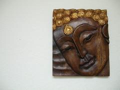 Essen Buddha carving