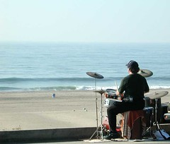 Drummer (nikkorsnapper) Tags: shorelines beaches oceans drummers drumkits losangelescaliforniausa trapsets