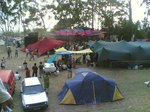 alien safari tokai rave tent town at dawn