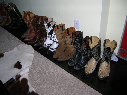 poo's boots