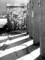 inverno (Antonio Ilardo) Tags: bw sicily thewall sicilia ilmuro terminiimerese bncitt