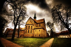 kloster lehnin (gari.baldi) Tags: trees sky church abbey clouds germany deutschland lomo iglesia chiesa monastery igreja romanesque convent garibaldi brandenburg monasterio eglise hdr monastere kloster orton 2007 romanico mosteiro abbaye paperwall klosterkirche abbatiale romanisch abadia 3xp abtei photomatix klaster klasztor artroman 100favs lehnin superaplus aplusphoto klosterlehnin