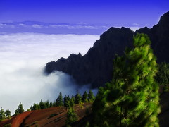 Above the clouds (*atrium09) Tags: travel sky espaa eye clouds spain bravo searchthebest canarias olympus cielo nubes tenerife 1000v100f teide topf100 naturesfinest e330 blueribbonwinner instantfave outstandingshots specland atrium09 mywinners abigfave colorphotoaward ltytr1 200750plusfaves superbmasterpiece goldenphotographer goldenphotographer diamondclassphotographer flickrdiamond rubenseabra world100f
