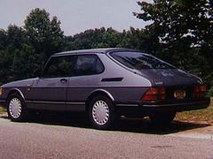 1992 Saab 900 (WrldVoyagr) Tags: auto park usa car grey gray indiana saab 900 hatchback terrehaute myfirstcar demingpark 3door voyagr