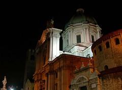Piazza Paolo VI (Liberty Place) Tags: italy night europa europe italia medieval baroque brescia lombardia notte italians iltalie brixia broletto fotoincatenate