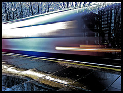 Untitled (Ed.....) Tags: cameraphone longexposure london bulb train moblog subway europe sonyericsson transport tube eu cybershot slowshutter kilburn nightmode k800i ruvjet aplusphoto edwardbarnieh