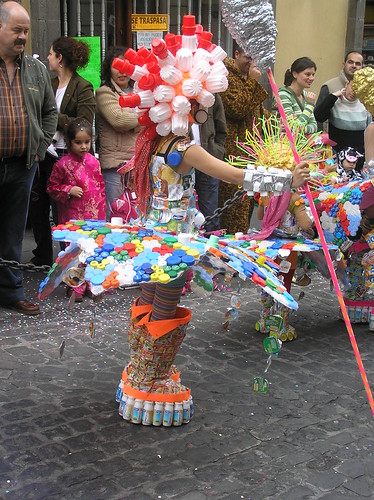 agencia latín disfraz