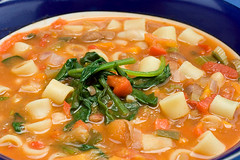 Pantry soup (HelenPalsson) Tags: soup beans vegetable pasta minestrone 20070228 pantrysoup
