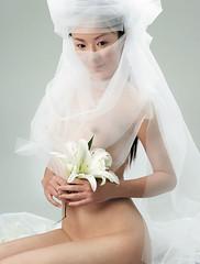 nude bridal 05